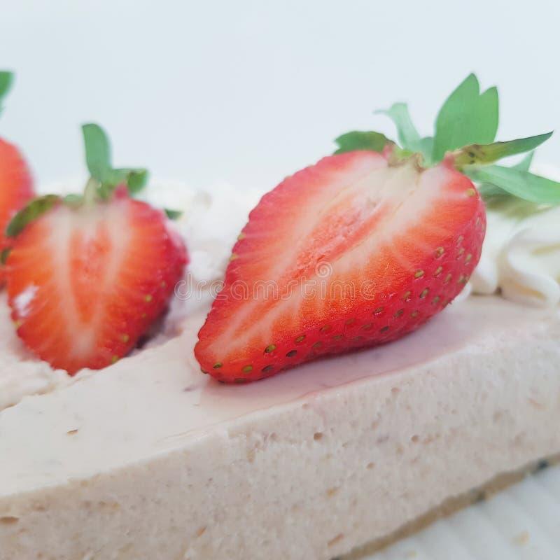 Beeren, die Erdbeeren sind stockfotografie