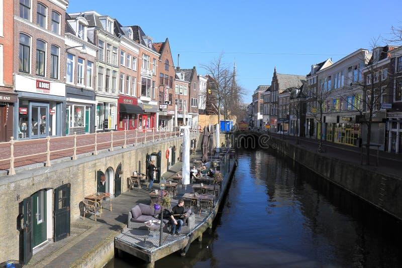 Beerquay em Leeuwarden, Países Baixos imagem de stock royalty free