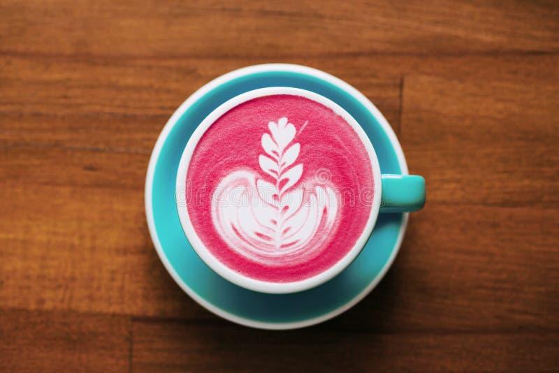 Beetroot latte odgórny widok zdjęcia royalty free