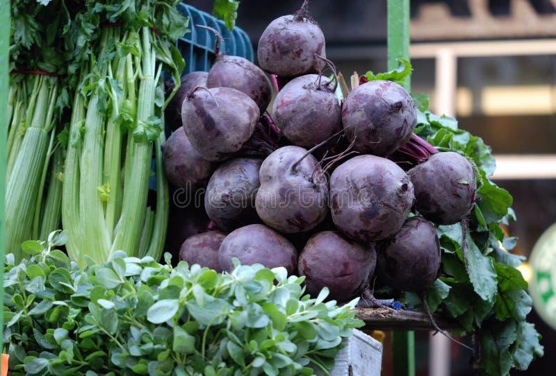 Beetroot w warzywie wprowadzać na rynek w Mexico - miasto obrazy stock