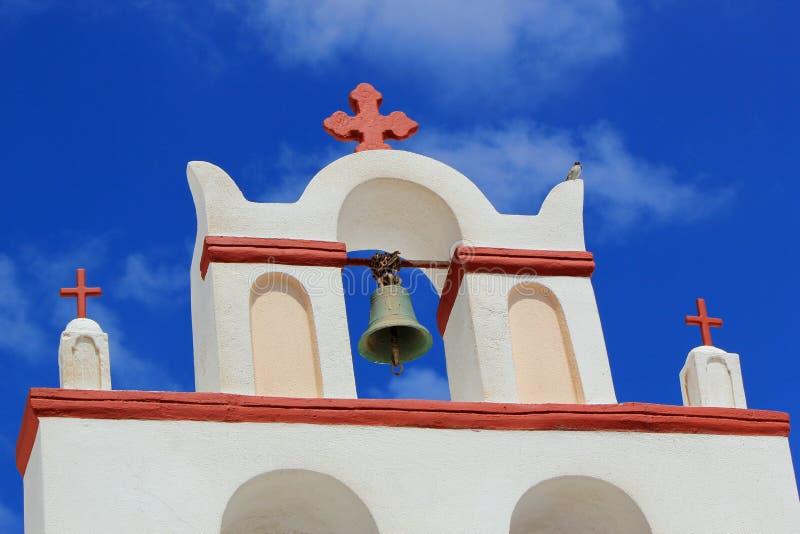 Beffroi d'une église, Oia, Santorini, Grèce photo libre de droits
