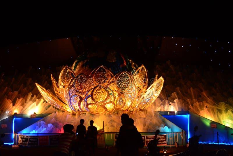 Begåvning av Durga Puja royaltyfri fotografi