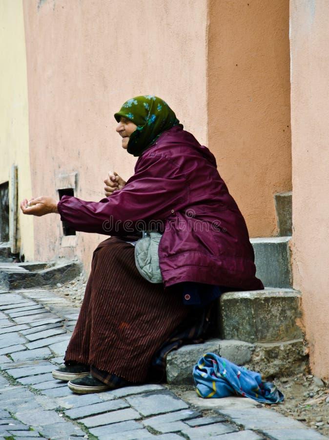 Begger in Romania fotografia stock libera da diritti