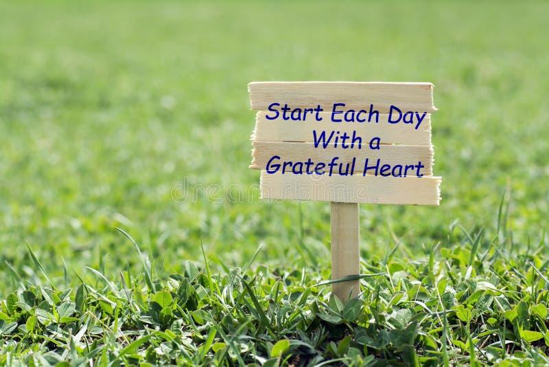 Begin elke dag met een dankbaar hart stock foto's