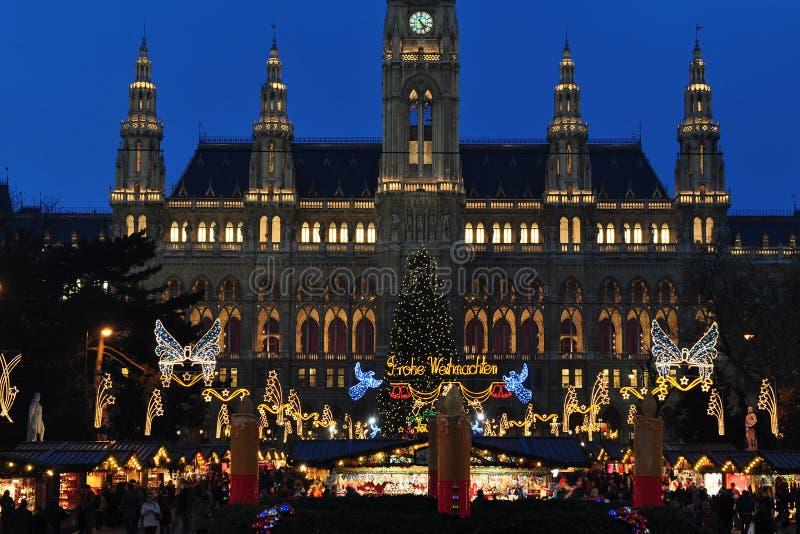Begin van de tijdmarkt van Kerstmis in Wenen royalty-vrije stock afbeelding