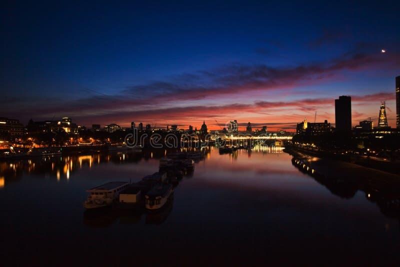 Begin van een nieuwe wonderous dag in Londen royalty-vrije stock foto