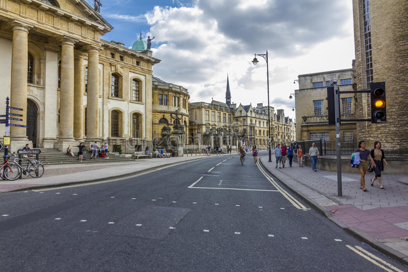 Download The Beginning Of Broad Street With Numerous Historical Buildings Editorial Photo - Image: 39877581