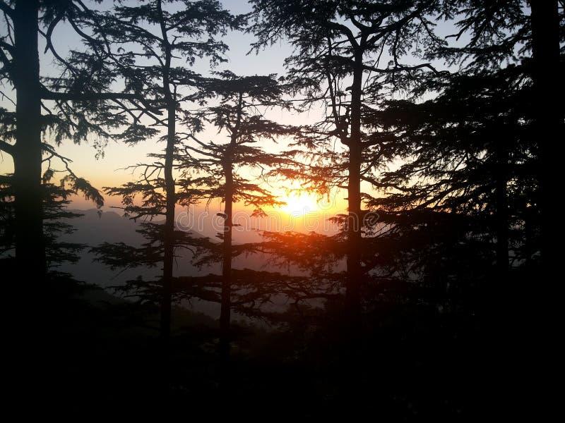 beginnins de la puesta del sol fotografía de archivo libre de regalías