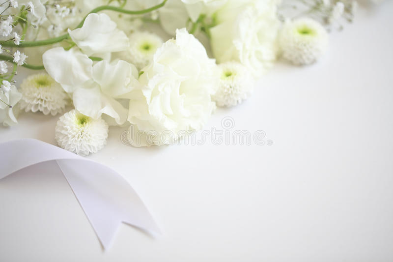 Begräbnis- Blumen lizenzfreie stockfotos