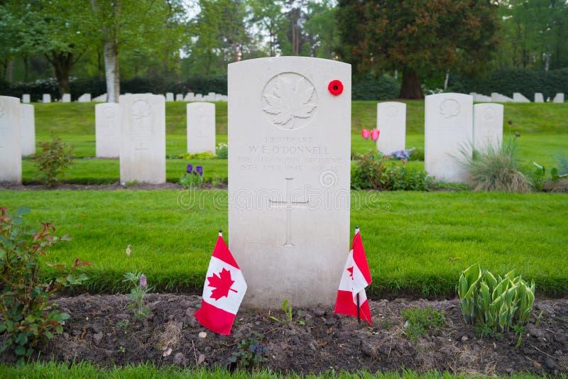 Begraafplaats van de Holten de Canadese oorlog stock foto's