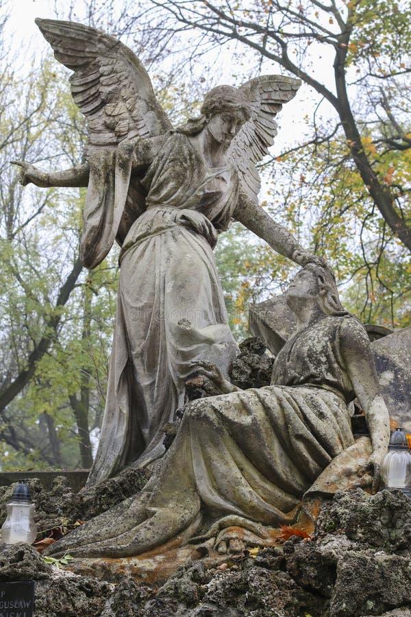 Begraafplaatsbeeldhouwwerk stock foto's