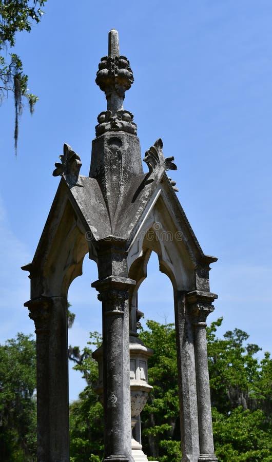 Begraafplaatsgrafsteen bij de historische begraafplaats van Savannah Georgia stock afbeelding