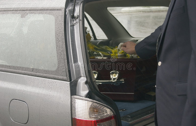 begravning 06 arkivbild