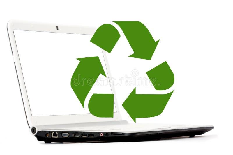 Begrepp av återvinning av datorer och elektroniskt royaltyfria bilder