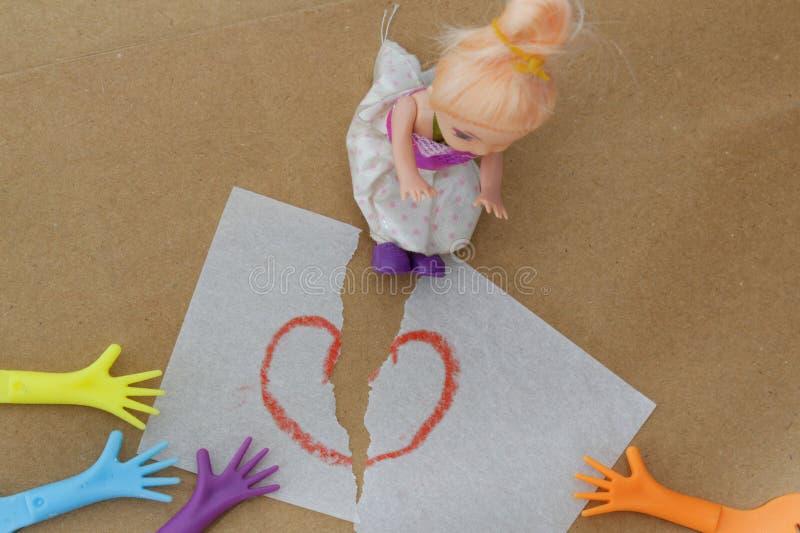 Begrepp av barnarresten efter familjavskiljandet, skilsmässa, kamp, argument arkivfoto