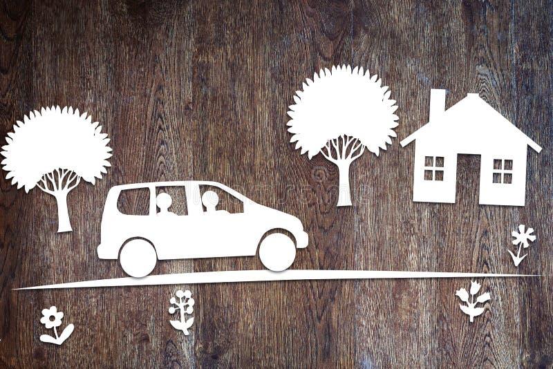 Begrepp av körning i en familjebil arkivbild