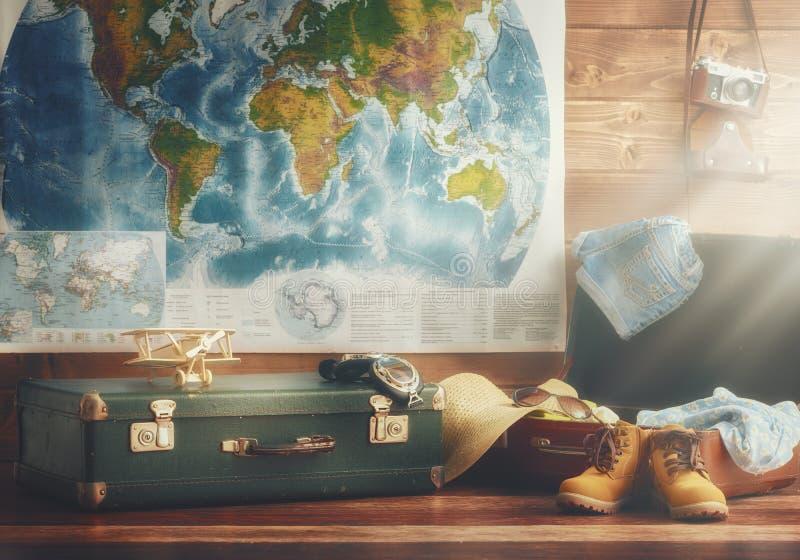 Begrepp av loppet och ferie royaltyfri fotografi