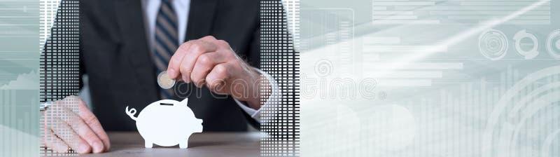 Begrepp av pengarbesparingen panorama- baner royaltyfri bild