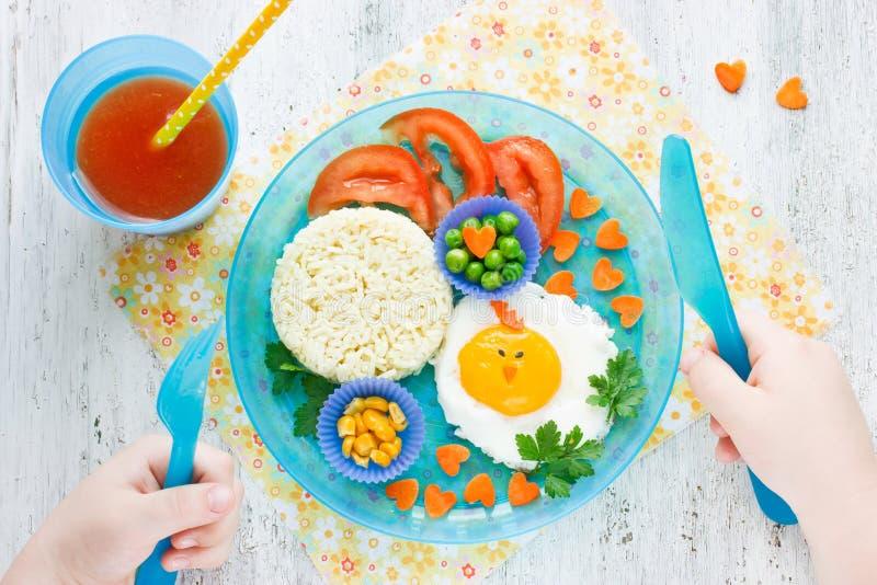 Begrepp av sund mat för barn royaltyfri fotografi