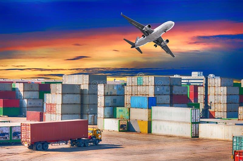 Begrepp för affärslogistik, logistik och trans. royaltyfri bild