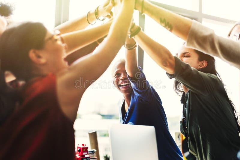 Begrepp för arbetsplats för idékläckning för afrikansk nedstigning funktionsdugligt fotografering för bildbyråer