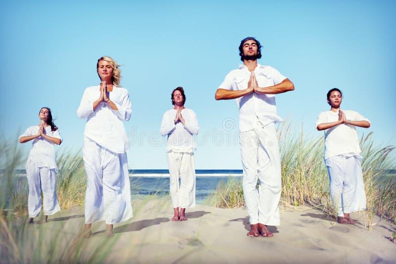 Begrepp för avkoppling för meditationyogaWellness fridsamt royaltyfri foto