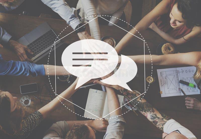 Begrepp för budbärareDiscussion Community Technology diagram arkivfoto