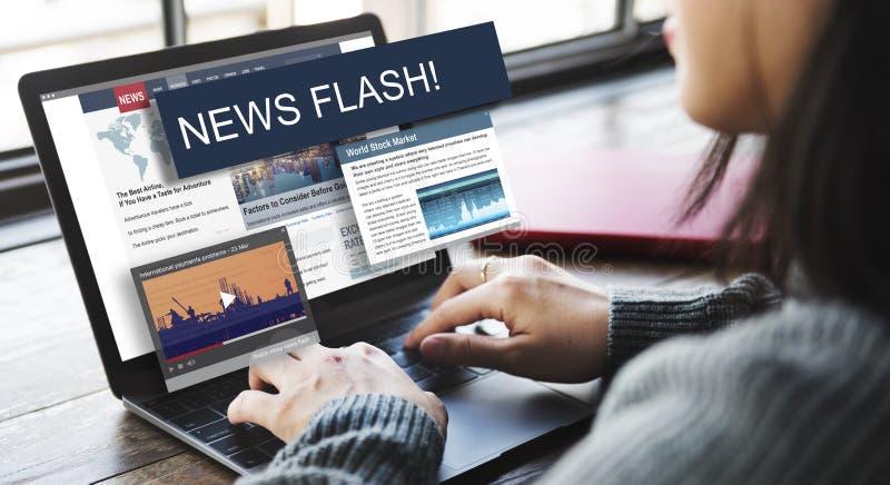 Begrepp för exponering för nyheterna för uppdateringtrendrapport royaltyfria bilder