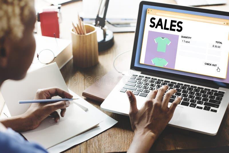 Begrepp för försäljning för detaljhandel för vinstmarginal för försäljningskommersinkomst royaltyfri fotografi