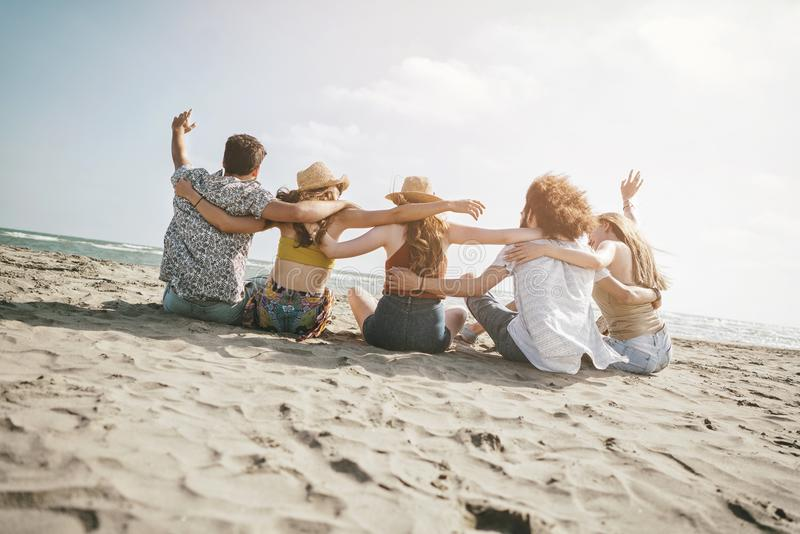 Begrepp för folk för hav för strandsommarferie fotografering för bildbyråer