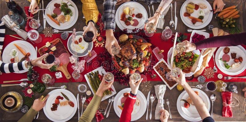 Begrepp för grupp för matställe för nytt år för jul royaltyfri fotografi
