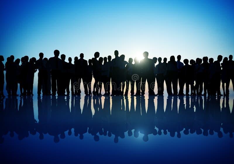 Begrepp för kontur för företags affär för gruppfolk stående arkivbilder