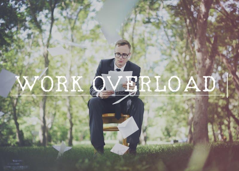 Begrepp för ledning för spänning för arbetsöverbelastning övertids- royaltyfria bilder