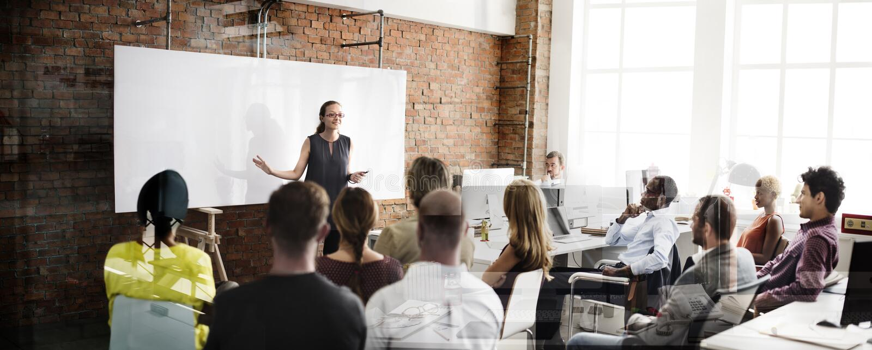 Begrepp för möte för seminarium för utbildningsaffärsstrategi fotografering för bildbyråer