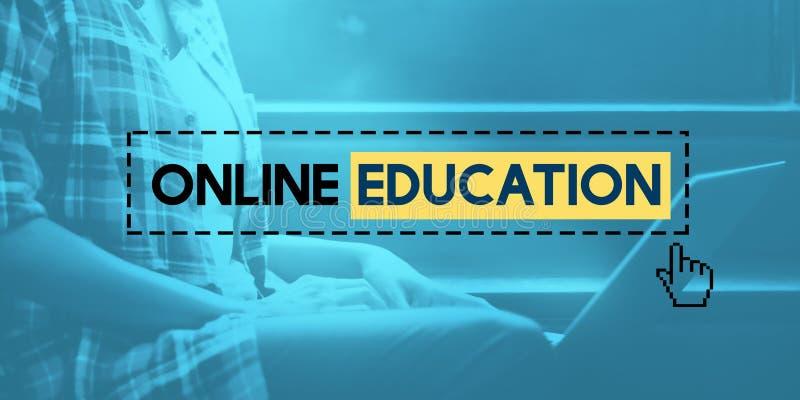 Begrepp för online-utbildningsE-lärande kunskapsteknologi arkivbilder