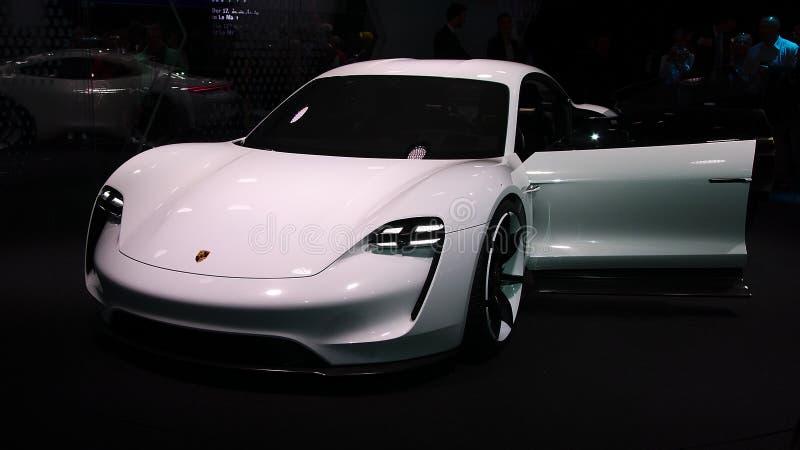 Begrepp för Porsche beskickning E på IAA-bilarna arkivfoto