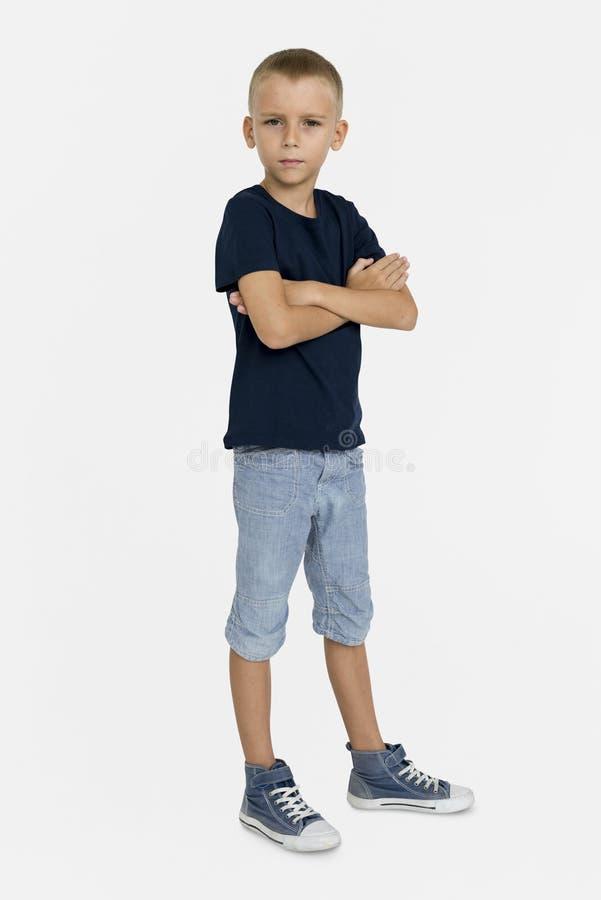 Begrepp för stående för aktning för Little Boy förtroendesjälv arkivfoto