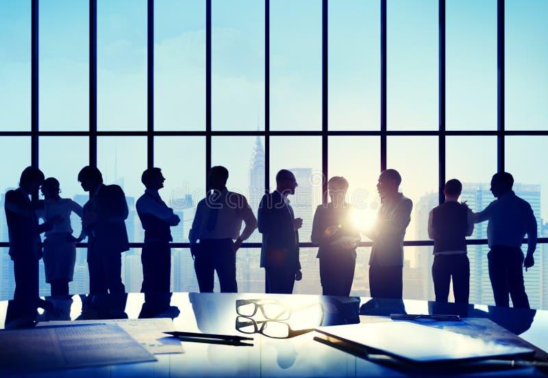 Begrepp för styrelse för möte för konferens för affärsfolk funktionsdugligt arkivfoto