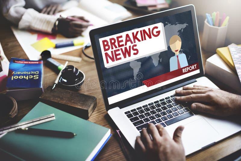 Begrepp för tidskrift för rubrik för TV-sändning för breaking newsartikel royaltyfria foton