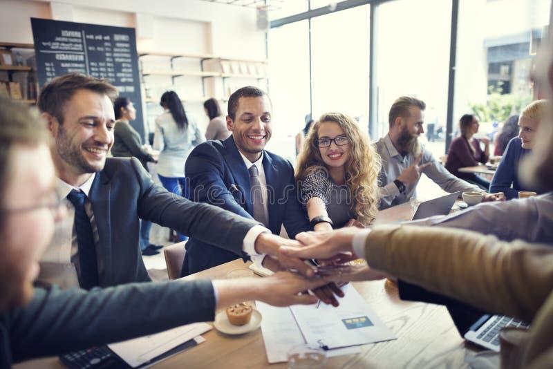Begrepp för union för teamwork för samarbete för affärsfolk royaltyfri foto