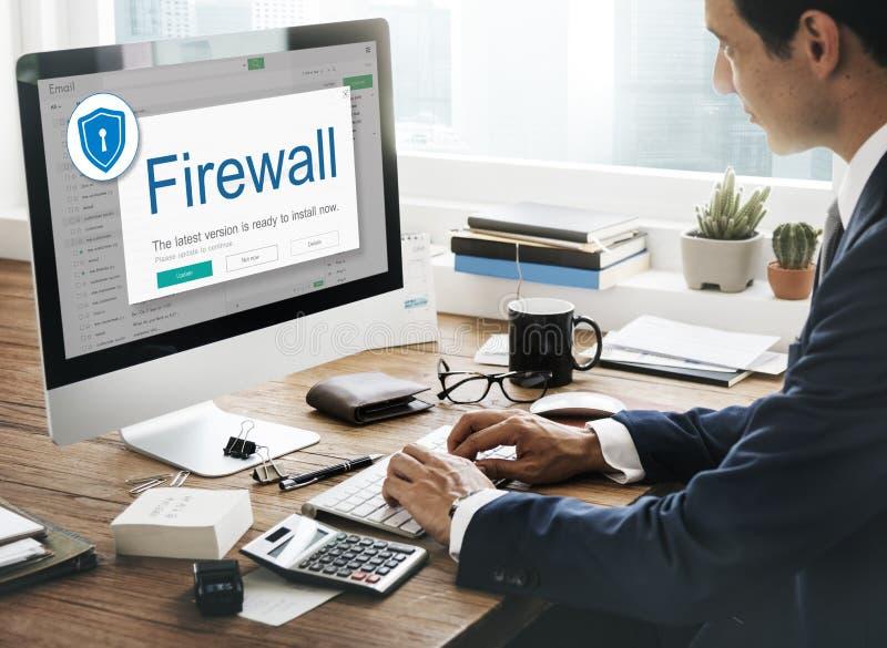 Begrepp för varning för säkerhet för skydd för FirewallAntivirusvarning arkivbilder