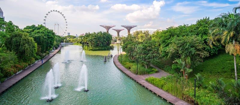 Begrepp, gränsmärke och populärt för Singapore lopp för turist- dragningar fotografering för bildbyråer