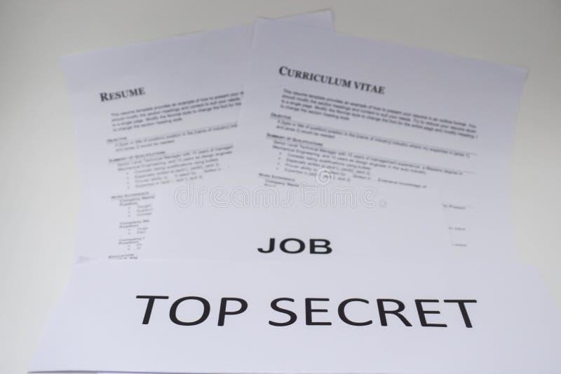Begreppet av att intervjua för jobb är förtroligt royaltyfria foton
