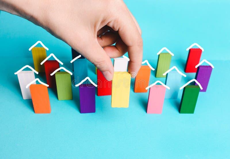 Begreppet av byggande av ditt hem, fastighetsinvestering, intecknar arkivbilder