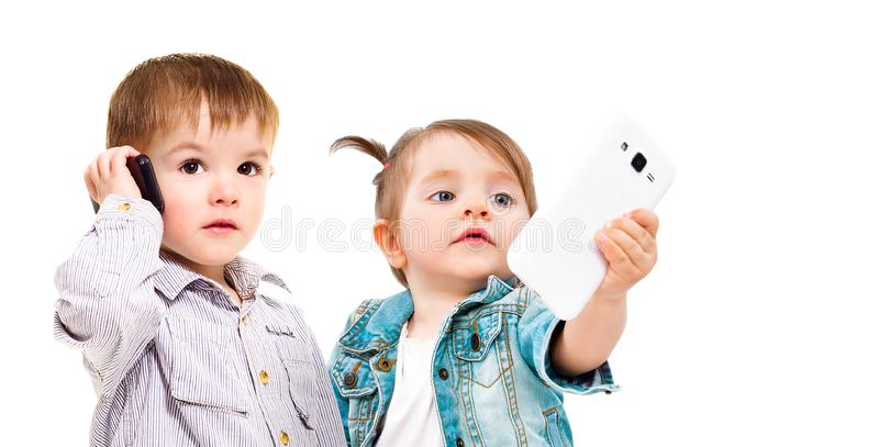 Begreppet av den moderna utvecklingen av barn royaltyfria foton