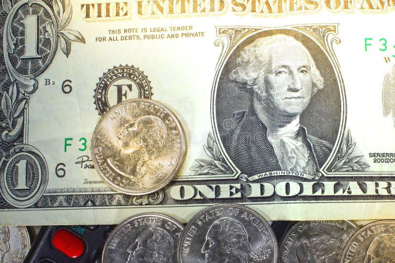 Begreppet av sparande pengar i kris- och hemfinans och besparingar royaltyfri foto