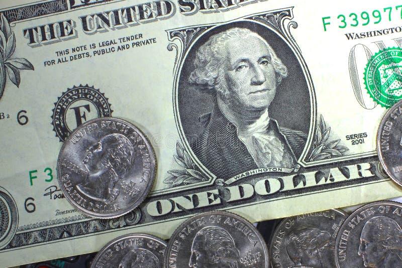 Begreppet av sparande pengar i kris- och hemfinans och besparingar royaltyfria foton