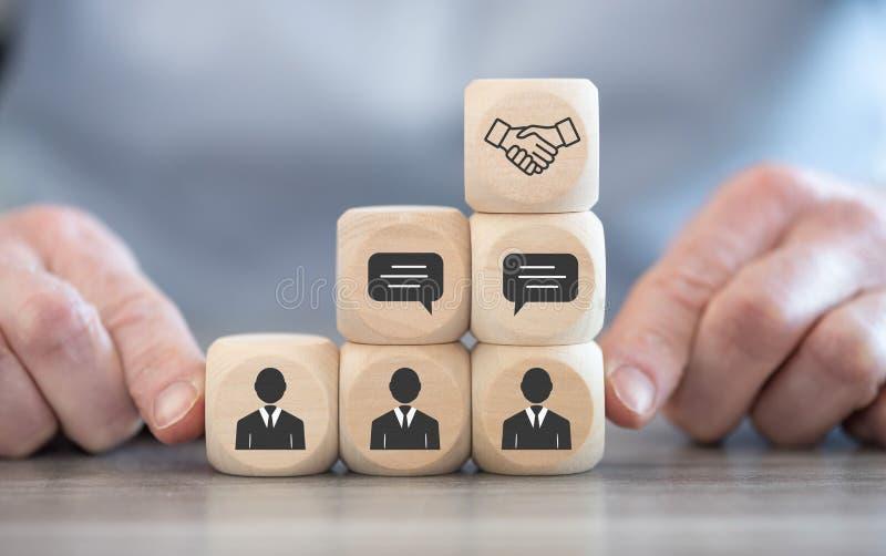 Begreppet partnerskap efter förhandling arkivbilder