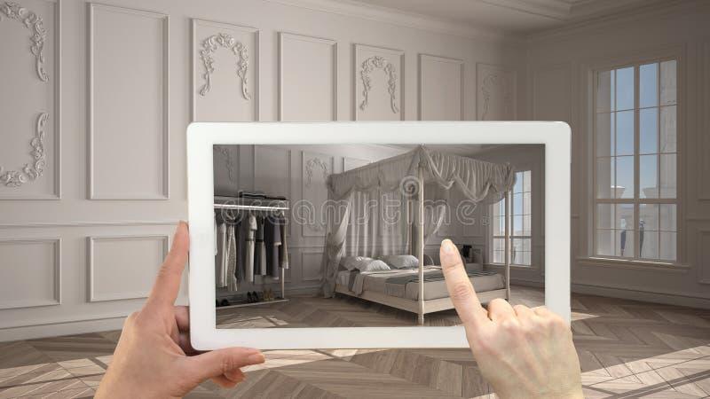 Begreppet utökad verklighet Handhållplatta med AR-applikation som används för att simulera möbler och utforma produkter i tomma u fotografering för bildbyråer