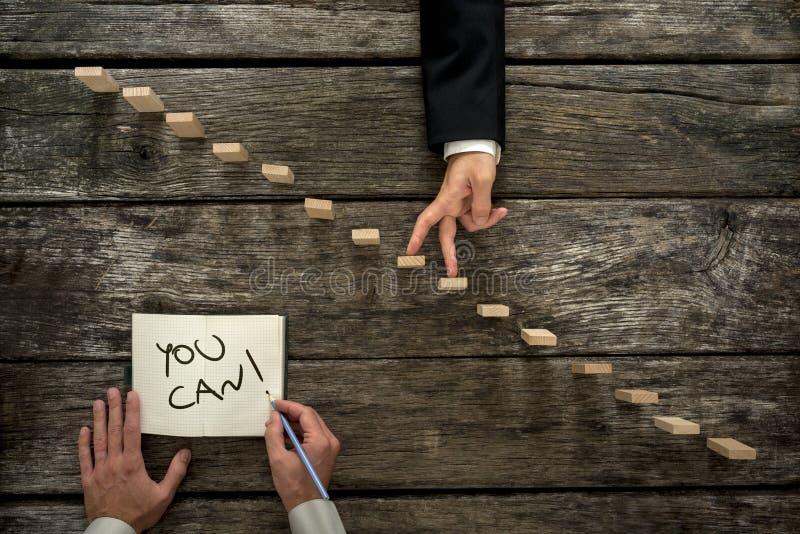 Begreppsmässig bild av personlig tillväxt och karriärutveckling arkivfoton